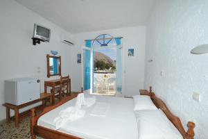 Ξενοδοχείο Σάντα Ειρήνη (Περίσσα)