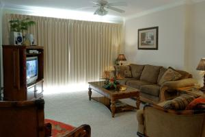 Emerald Isle 2204 PCB-229731 Condo, Apartmány  Panama City Beach - big - 12