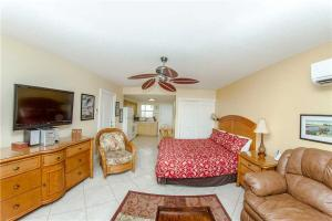 #226 At Surf Song Resort, Apartmány  St Pete Beach - big - 5