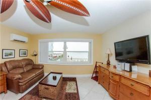 #226 At Surf Song Resort, Apartmány  St Pete Beach - big - 19