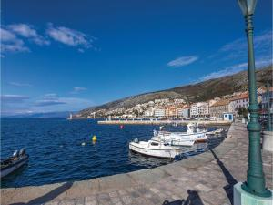 Apartment Senj with Sea View 08, Ferienwohnungen  Senj - big - 4