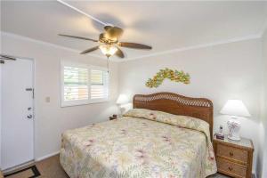 #228 At Surf Song Resort, Apartments  St Pete Beach - big - 18