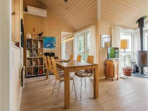 Three-Bedroom Holiday Home in Farevejle, Дома для отпуска  Фаревейле - big - 8