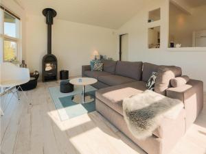 Two-Bedroom Holiday Home in Farevejle, Case vacanze  Fårevejle - big - 6