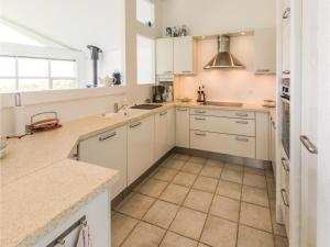 Two-Bedroom Holiday Home in Farevejle, Case vacanze  Fårevejle - big - 31