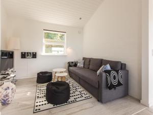 Two-Bedroom Holiday Home in Farevejle, Case vacanze  Fårevejle - big - 13