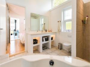 Two-Bedroom Holiday Home in Farevejle, Case vacanze  Fårevejle - big - 9