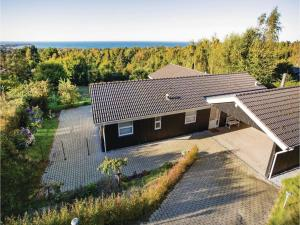 Two-Bedroom Holiday Home in Farevejle, Case vacanze  Fårevejle - big - 1