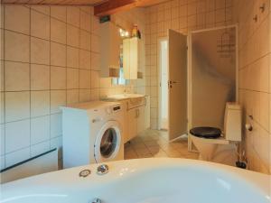 Holiday home Nattergalevej Kalundborg IX, Dovolenkové domy  Bjørnstrup - big - 7