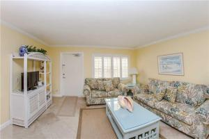 #224 At Surf Song Resort, Apartmány  St Pete Beach - big - 16