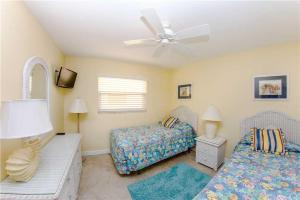 #224 At Surf Song Resort, Apartmány  St Pete Beach - big - 19