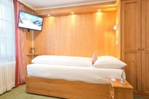 Hotel Bernerhof Grindelwald, Hotel  Grindelwald - big - 42
