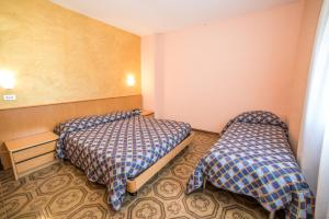 Grand Hotel Europa, Отели  Ривизондоли - big - 37