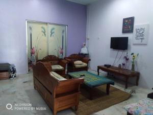 Bagan Lalang Homestay, Magánszobák  Kampong Jelutong - big - 16