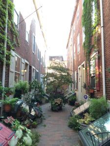 Colonial Home in Central Philadelphia - Philadelphia