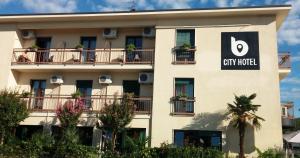 B City Hotel - AbcAlberghi.com