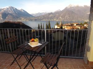 Villa Orchidea With Pool, Ville  Varenna - big - 26