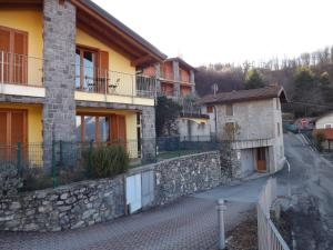 Villa Orchidea With Pool, Ville  Varenna - big - 2
