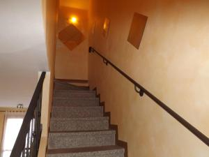 Villa Orchidea With Pool, Ville  Varenna - big - 35