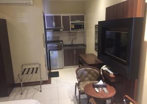 Drr Ramah Suites 7, Aparthotely  Rijád - big - 28