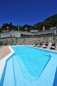 Villa Orchidea With Pool, Ville  Varenna - big - 1
