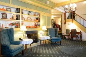 Lamie's Inn