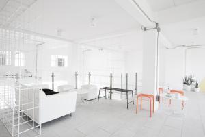 Flat White Cafe x Poshtel, Hostelek  Lampang - big - 35