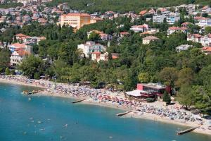 Sandy Beach Apartments, Apartmanok  Crikvenica - big - 1