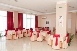 Hotel Astra, Hotely  Sofia - big - 36