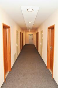 Hotel Astra, Hotely  Sofia - big - 33