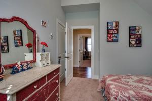 Arts and Crafts Home with Nashville Style, Ferienhäuser  Nashville - big - 21