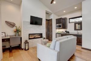 Studio-Bedroom Holiday Home