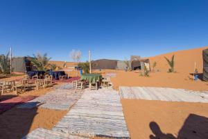 Camel Bivouac Merzouga, Campeggi di lusso  Merzouga - big - 73