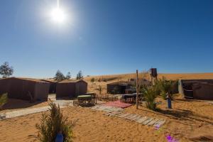 Camel Bivouac Merzouga, Campeggi di lusso  Merzouga - big - 1