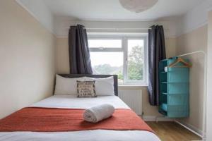 Cliffe Avenue Hamble- Serviced Accommodation