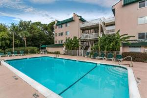 Shipwatch 308 Apartment, Apartments  Saint Simons Island - big - 18