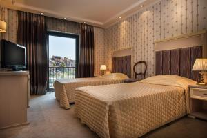 Interhotel Veliko Tarnovo, Отели  Велико-Тырново - big - 7