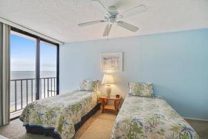 Trillium #5B Condo, Apartments  St Pete Beach - big - 2