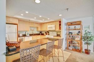 Trillium #5B Condo, Apartments  St Pete Beach - big - 4