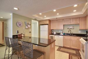 Trillium #5B Condo, Apartments  St Pete Beach - big - 15