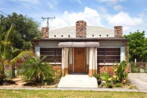 Florida Style Home in Dania Beach