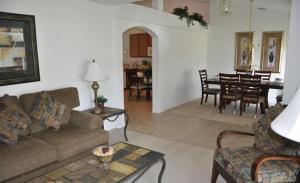 Grand Reserve House 937, Holiday homes  Davenport - big - 10