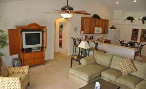 Grand Reserve House 937, Holiday homes  Davenport - big - 30