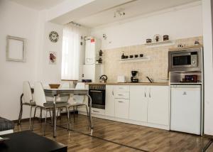 Apartament Alphaville, Апартаменты  Брашов - big - 20