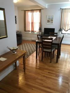 Beautiful 1 Bedroom Apt - 11, Apartmanok  Boston - big - 19