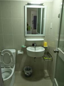 Nancy Thuy Tien Apartment 1212, Apartmány  Vung Tau - big - 4
