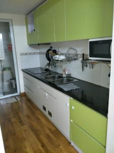 Nancy Thuy Tien Apartment 1112, Apartments  Vung Tau - big - 7