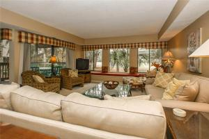 Fazio 23 Villa, Vily  Hilton Head Island - big - 8