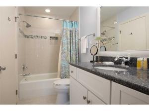 Fazio 23 Villa, Vily  Hilton Head Island - big - 4