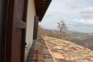 Country House La Valle Del Vento, Case di campagna  Urbino - big - 45